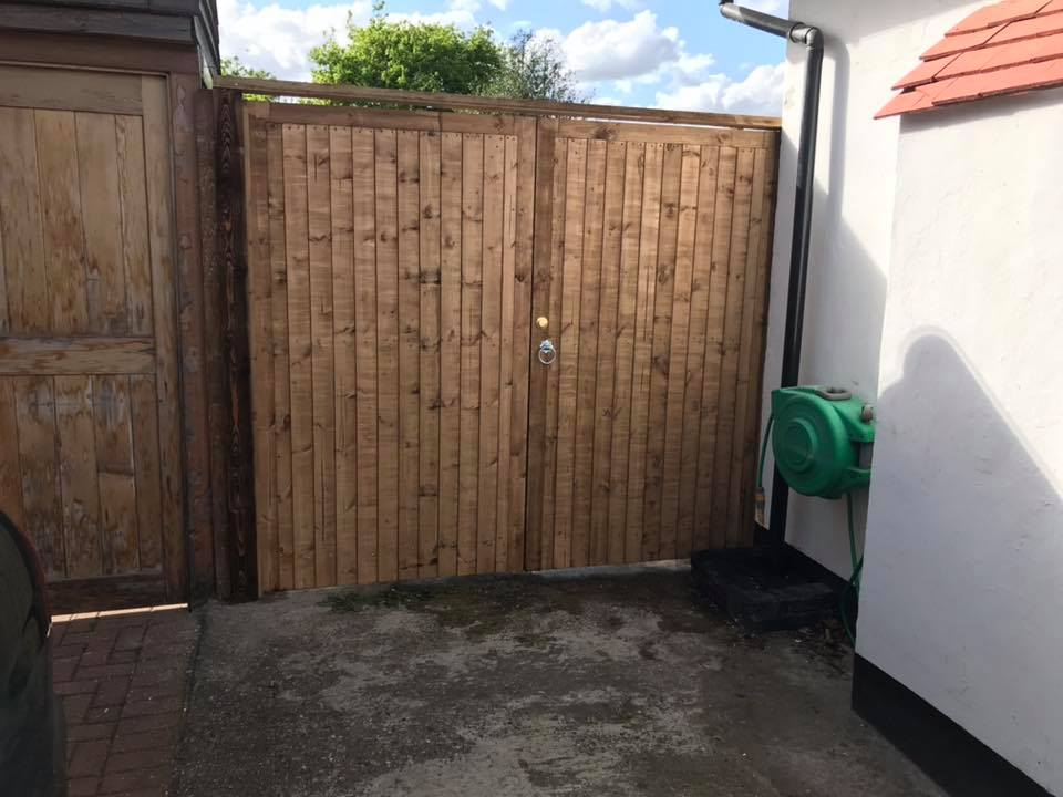 Made to measure fully framed close board gates by aa fencing supply and fitting services we cover the whole of London and Kent including Chislehurst Bromley Orpington